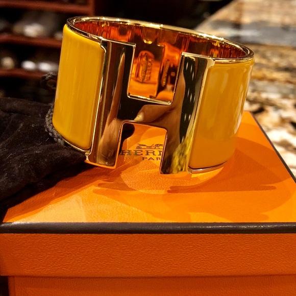 Hermes Jewelry   Clic H Bracelet   Poshmark 63047ab1ef6